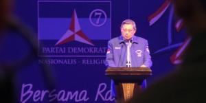 Debat kandidat Konvensi Capres Partai Demokrat di Gedung Islamic Center, Ambon, Selasa (11/3/2014). KOMPAS