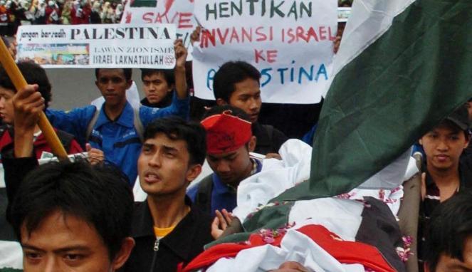 Masalah Palestina, salah tantangan kebijakan luar negeri Indonesia. Dukungan atas Palestina merdeka disampaikan oleh Jokowi saat debat calon presiden. - Antara