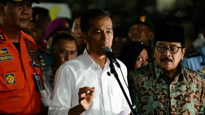 Presiden Joko Widodo mencalonkan Budi Gunawan sebagai Kapolri, namun di tengah jalan Budi ditetapkan sebagai tersangka. - BBC Indonesia